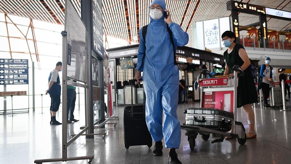 El hombre que repitió el contagio habría sido infectado nuevamente en España..