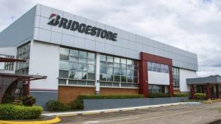 Trabajadores paralizan Bridgestone por incumplimiento patronal de medidas de prevención