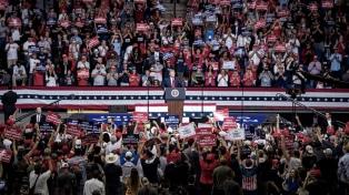 """Trump contra la Liga de fútbol americano: """"Nunca nos arrodillaremos ante nuestro himno"""""""