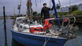 El marplatense que cruzó el Atlántico en velero lo celebra con su papá, de 90 años