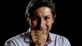 Bermúdez va por la renovación del contrato de Tevez y criticó a la gestión macrista