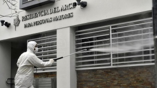 Mueren por coronavirus siete adultos mayores residentes en un geriátrico de Villa Urquiza