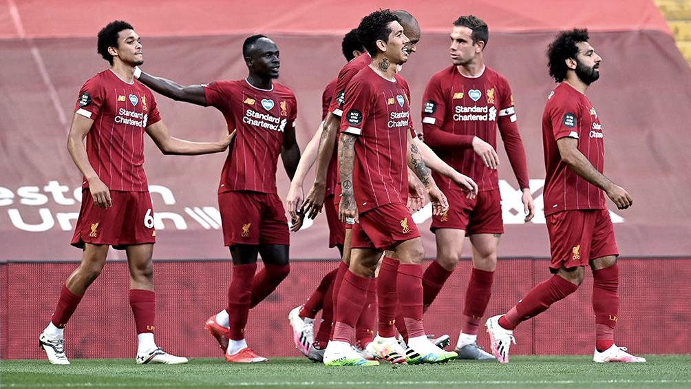 Liverpool igualó ante Everton en un duelo entretenido hasta el final