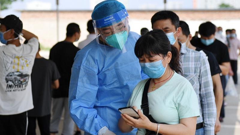 China: reportan nuevos casos de transmisión local en Shanghái y Tianjin