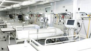 Provincias suman camas en hospitales por la suba de contagios y reportan pacientes jóvenes