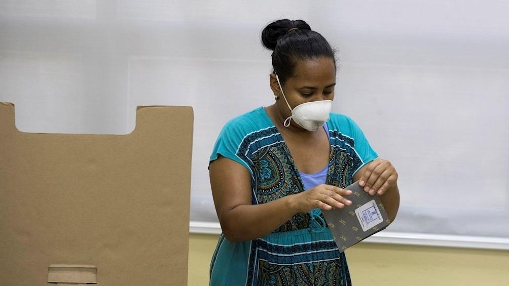 Domincana celebró las elecciones presidenciales en julio bajo estricto protocolo