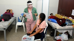 """Médicos de Bolivia hacen paro para exigir un confinamiento """"rígido"""""""