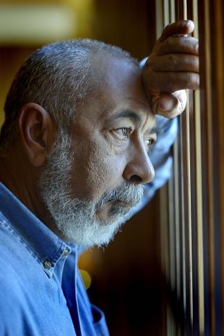 Padura vive en la misma casa donde nació hace 64 años en La Habana.