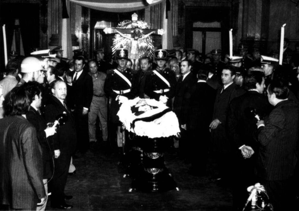 La muerte de Perón, el 1 de julio de 1974, caló hondo en millones de argentinos.
