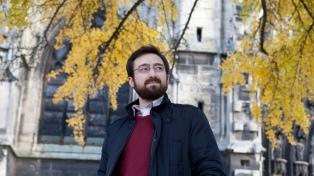 """Matías Battistón: """"En el Río de la Plata la lengua de Beckett es extranjera de una manera local"""""""