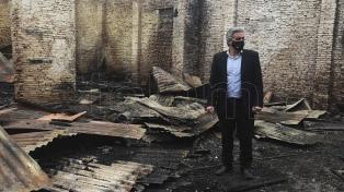 Un incendio destruyó un centro comunitario de la Universidad Nacional de Rosario