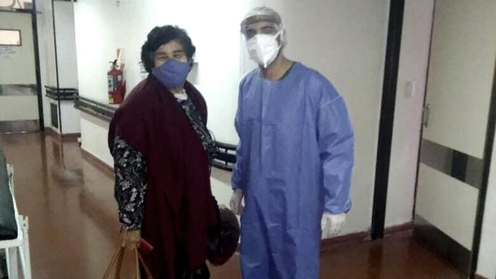 """""""Me colocaron plasma y un rato más tarde tenía ganas de vivir"""", contó Cristina, recuperada de Coronavirus"""