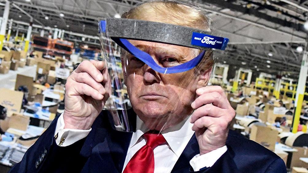 """""""Los cierres totales impuestos para lograr una reducción de los casos no es una solución sustentable"""", dijo Trump"""