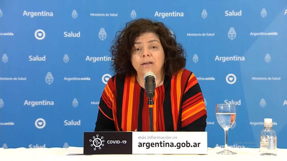 La ministra de Salud anunció el nuevo uso de la vacuna.