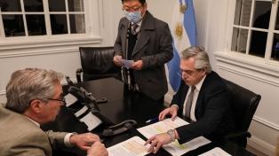 Fernández y su homólogo de Corea hablaron sobre la agenda bilateral y el coronavirus