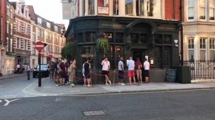 El Reino Unido entró oficialmente en recesión