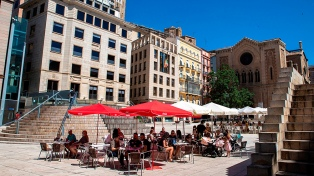 España: aíslan a 200.000 personas por rebrote en una región de Cataluña