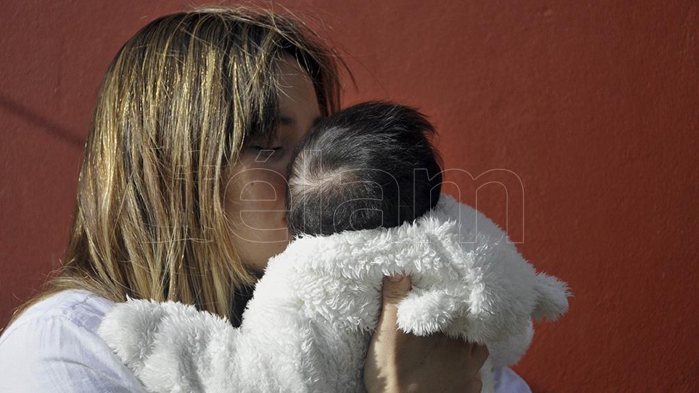 El otro proyecto busca garantizar la salud integral de mujeres embarazadas y niños y niñas en sus primeros años de vida.