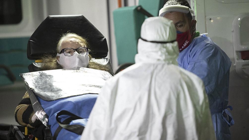 Durante 2020 el porcentaje de personas fallecidas en terapia intensiva aumentó en los meses más críticos de la pandemia.