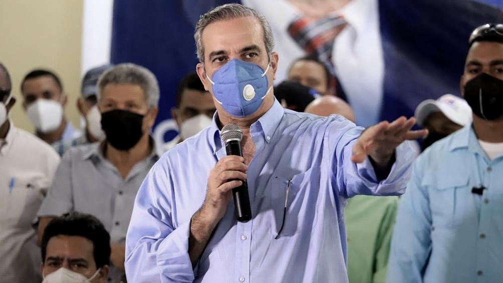 El flamante presidente electo, Luis Abinader, comenzó la trancisión