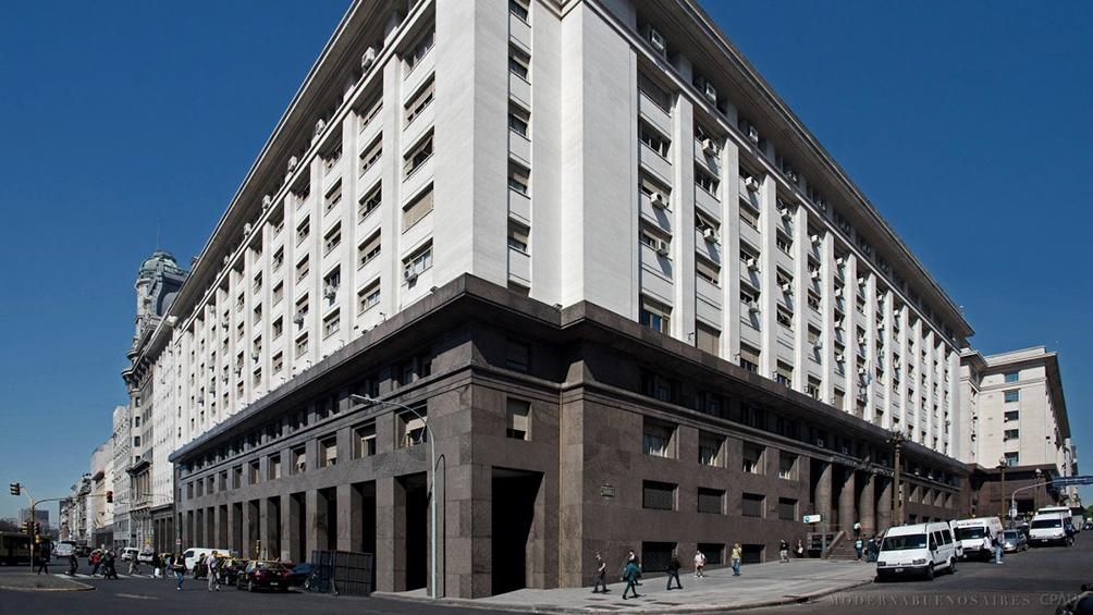 El Ministerio de Economñía publicó una disposición sobre el presupuesto del Sector Público.