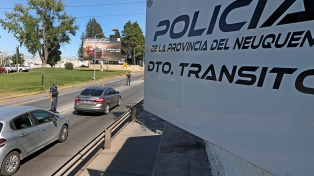 Gutiérrez anunció la apertura de restaurantes, bares, hoteles y templos en Neuquén