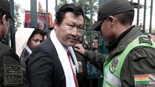 La pandemia crece en Bolivia y alcanzó a un candidato presidencial