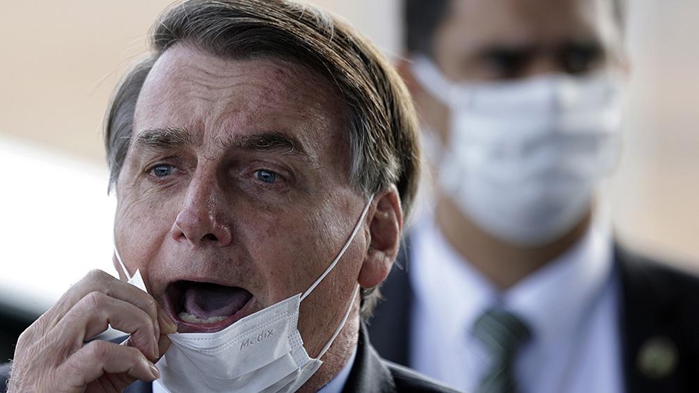 Por no estar vacunado, Bolsonaro no pudo presenciar el partido Santos-Gremio