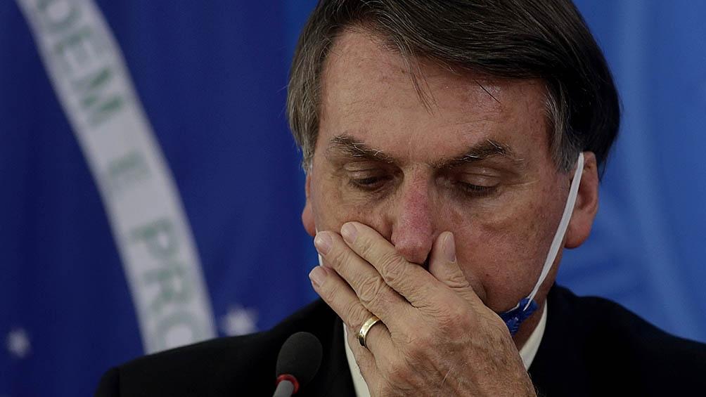 El presidente Bolsonaro tuvo que impulsar planes de apoyo a las empresas, como el pago de parte de los salarios.