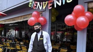 Abrieron bares y restaurantes en Córdoba tras más de cien días de aislamiento por el coronavirus
