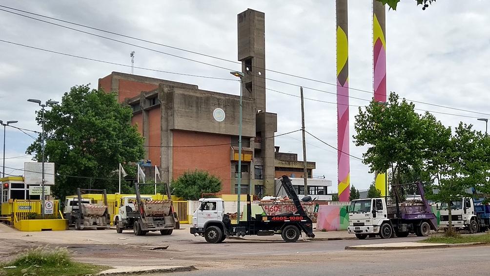 La planta de reciclaje se encuentra próxima al cementerio de Flores y al estadio de San Lorenzo.