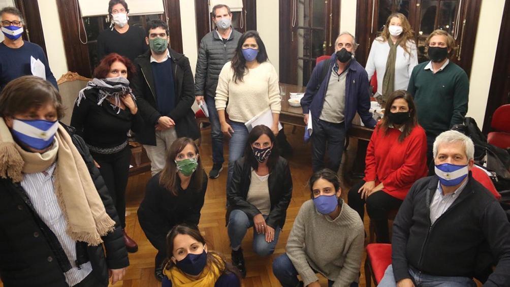 """El bloque FdT emitió un comunicado alegando que la oposición no muestra """"sensibilidad frente a los que más sufren"""""""