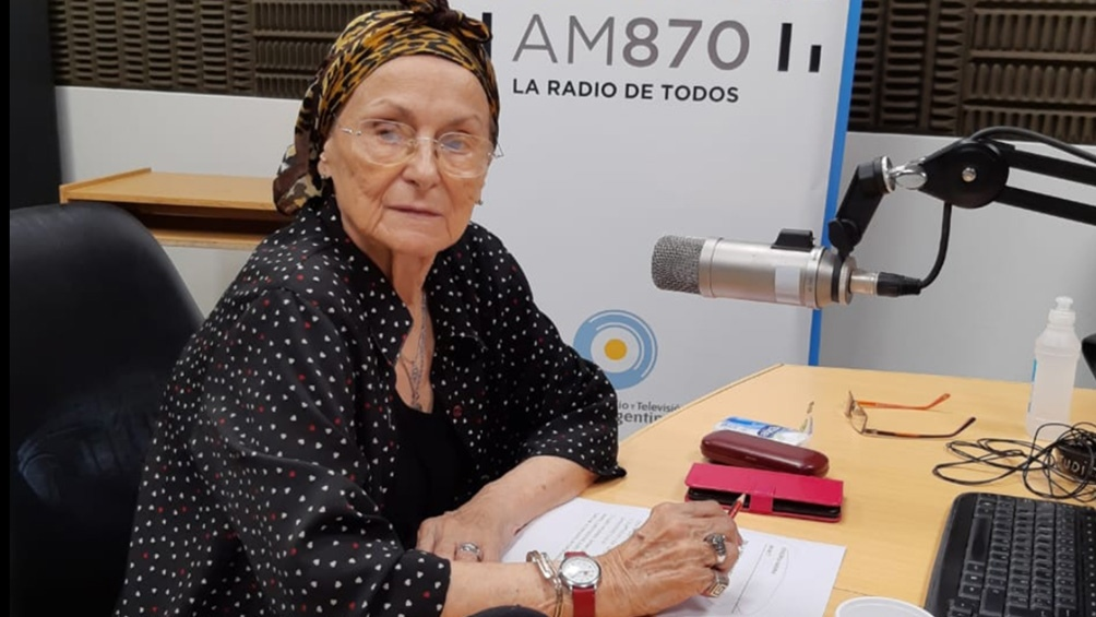 Nora Massi en la AM 870