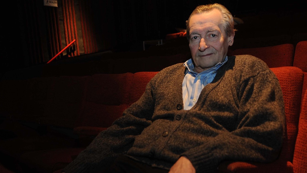 Es en homenaje al director y maestro de actores Agustín Alezzo, fallecido en las últimas horas.