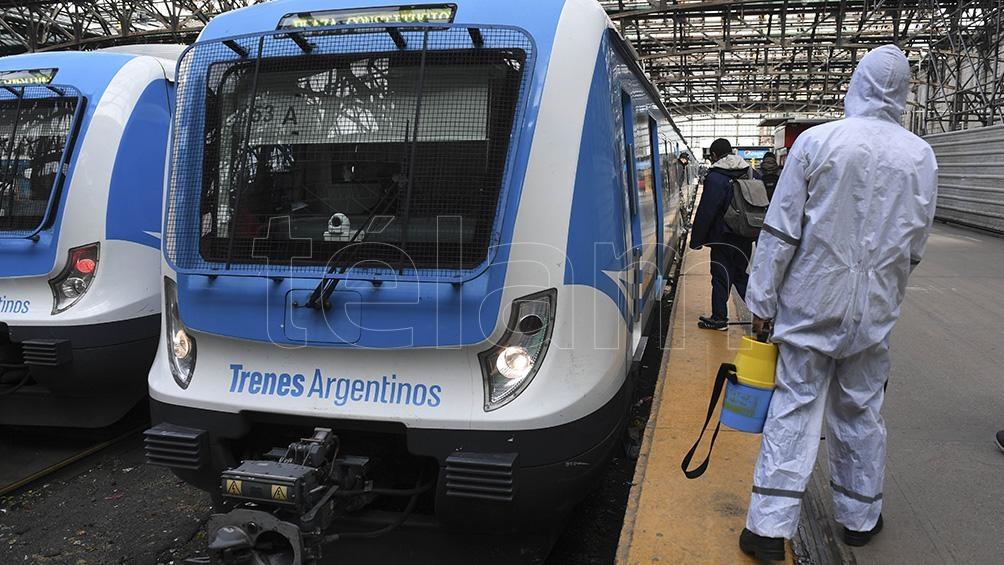 """""""La salud debe ser esencial y los ferroviarios son también trabajadores esenciales"""", explicó Maturano."""