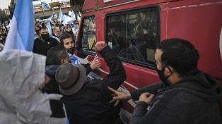 Legisladores porteños repudian agresión a periodistas y piden informes sobre operativo