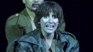 """Muriel Santa Ana: """"El teatro ha sobrevivido a todo"""""""