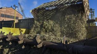 El Centro Azucarero pide prorrogar la ley de biocombustibles y aumentar cortes de mezcla