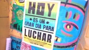 Arte urbano para exigir justicia y mantener la memoria viva por el atentado a la AMIA