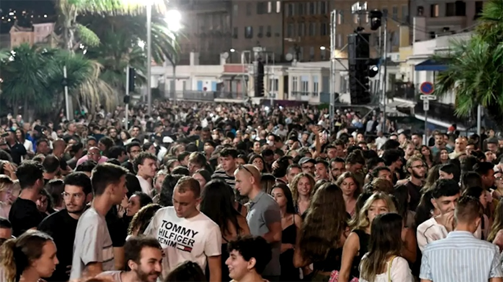 La fiesta electrónica realizada en Niza congregó alrededor de 5.000 personas