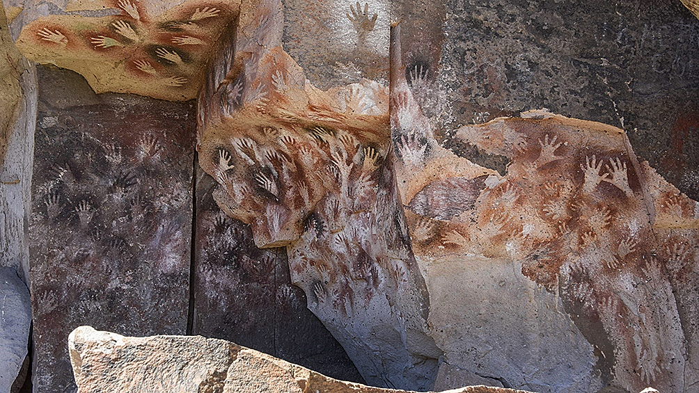Pinturas de más de 9.000 años de la Cueva de las Manos, en Santa Cruz.