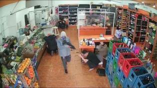 Detuvieron a dos de los acusados del robo al supermercado y uno tiene coronavirus