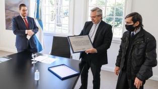 El Presidente se reunió con la familia de la víctima más joven del atentado a la AMIA