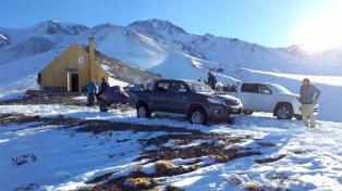San Juan analiza crear el primer centro de esquí en Calingasta