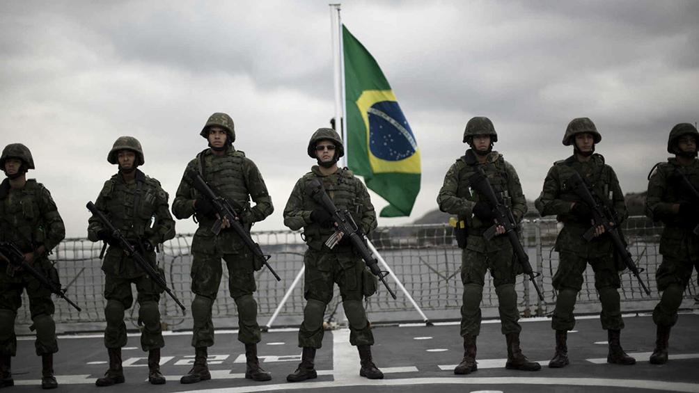 """Las Fuerzas Armadas de Brasil se preparan para intervenir en la """"solución"""" de problemas regionales"""