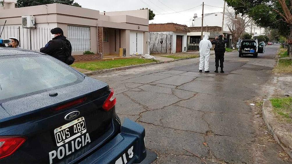 En la escena del hecho se detectaron al menos 20 disparos producto del tiroteo entre el policía y los ladrones.