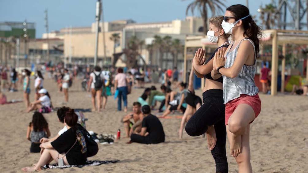 Las imágenes de las playas repletas y sin distanciamiento entre las personas preocupa a las autoridades.