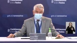 """En Chile evalúan ensayos con tres vacunas contra el nuevo virus en medio de """"leve mejoría"""""""