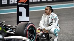 Lewis Hamilton larga primero en el Gran Premio de Hungría
