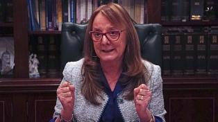 "Para Alicia Kirchner ""será un gran alivio para las provincias"" poder renegociar deudas"